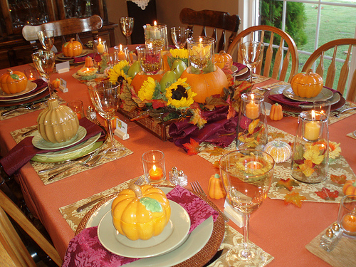 Thanksgiving tables good ideas and tips Thanksgiving table