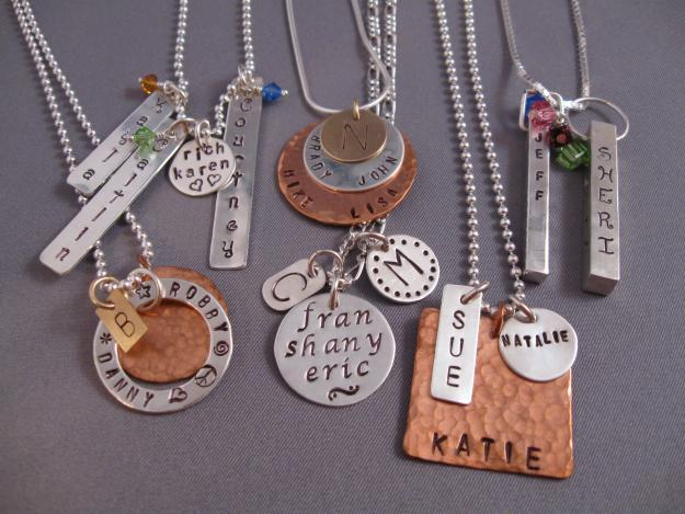 Mother 39 s day gifts good ideas and tips for How to make hand stamped jewelry
