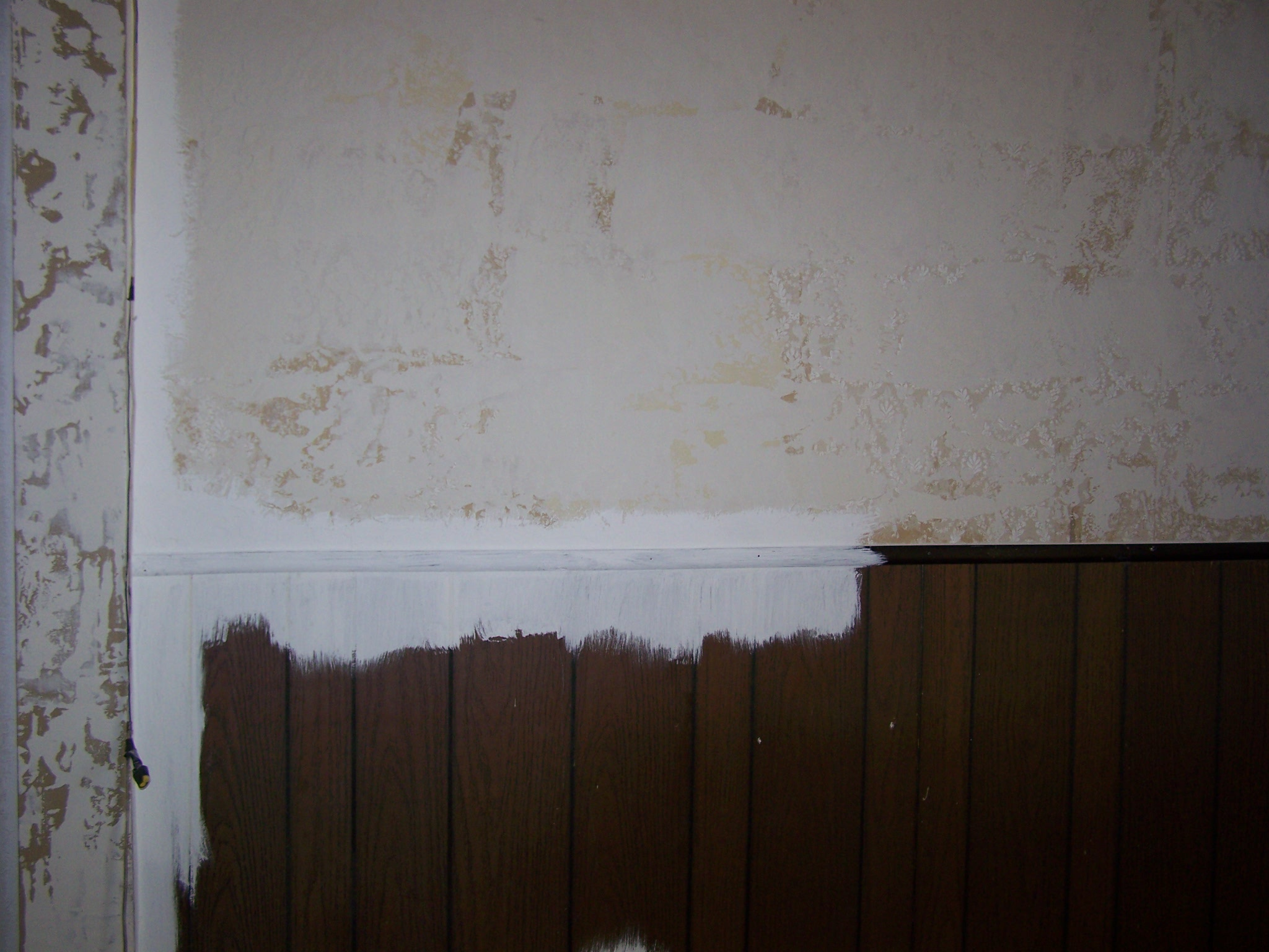 Priming Faux Wood Paneling